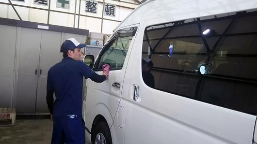 気持ちのこもった清掃・整備 熊本中央リース